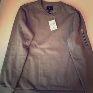 Sweatshirt with side pocket